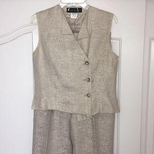 Harvé Benard Women's Vest & Pant Suit Set